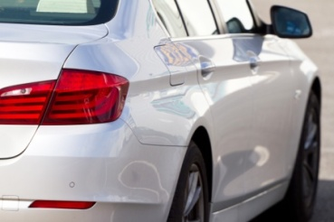 Car close up compressed AdobeStock_36000736