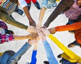 Grupo de trabalho em equipe multiétnico diverso
