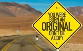 Born original sign compressed AdobeStock_92859991