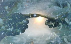 Tocuhing God compressed Pixabay 1976544